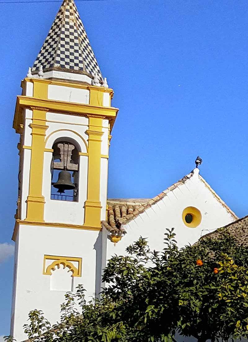 Torre de la parroquia Ntra. Sra. de la Estrella (Palomares del Río, Sevilla).